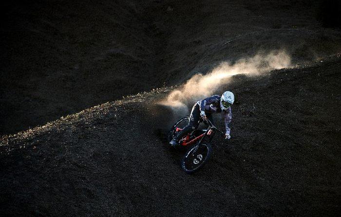 ciclismo caschi downhill