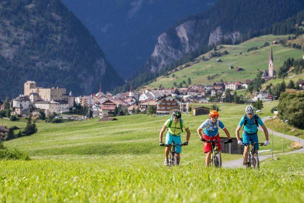 Tirolo, vacanze in bicicletta. Scopri percorsi e info utili