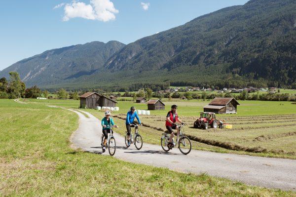 Titolo estate ciclismo vacanze bdc