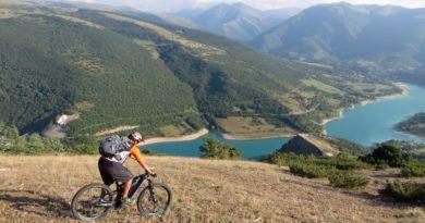 Ciclismo Marche outdoor: percorsi e bellezze da ammirare dal mare alla montagna